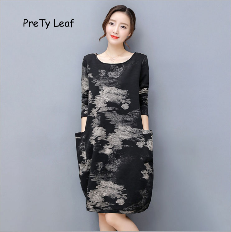 2017 plus velvet thickened large size loose knitted printing dress female plus size double pockets knitted dress