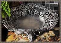 Classic Round Wave Opening Floral Tray Decoration Carved Embossed Alloy Metal Fruit Bowl Desk Serving