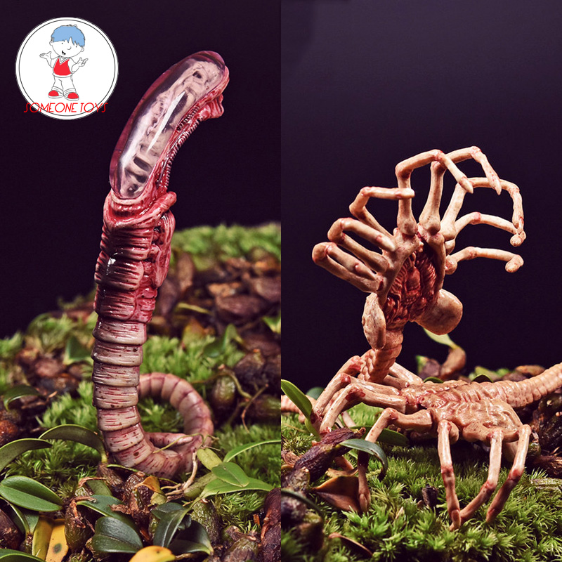 1//6 Scale Fire Girl Alien Predator Chestburster Model PVC Pose-able Toys