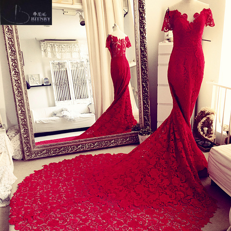 Romantic V Neck Red Wedding Dress Lace Mermaid Bride Gown Plus Size Custom  Made Bride Dresses 49f26770f856