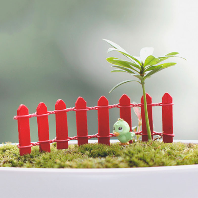10 pcs Mini Small Fence Barrier Wooden miniatures wood Craft Fairy Garden Palings Showcase <font><b>home</b></font> garden <font><b>decorations</b></font> JS0626