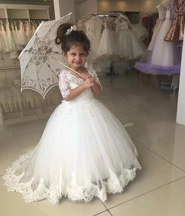 2018 Princess White Flower Girl Dresses for Wedding Ball Gown Sweep Train Girls Pageant Dresses Lace Tulle For Wedding Party 2018 princess white flower girl dresses for wedding ball gown sweep train girls pageant dresses lace tulle for wedding party