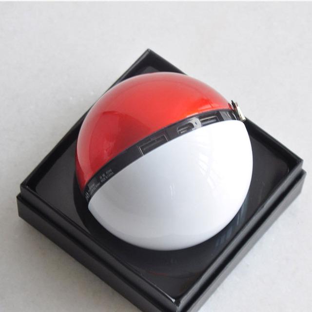 Pokeball  Mobile Phone Charger 5V/2.1A Dual USB Output 12000mAh