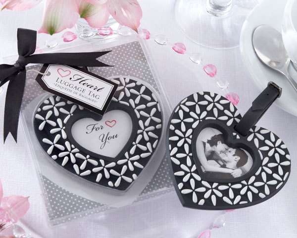 wedding favor gift follow your heart black and white luggage tag wedding bridal shower favor party souvenir for guest 100pcslot