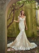 Vintage Meerjungfrau Silhouette Kleid Weg Von Der Schulter Spitze Appliques Blumen Low Open Back Gericht Zug Braut Kleid