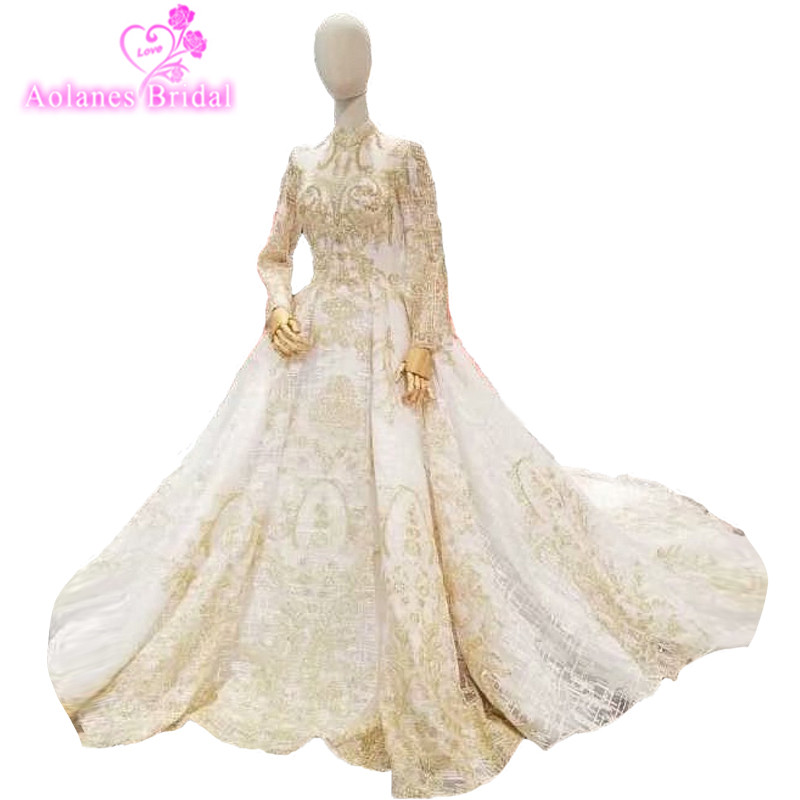 2018 New Arrival Champagne Lace High Neck Cathedral Train Bridal Gowns Backless Ball Gown Princess Vintage Wedding  Real Photos
