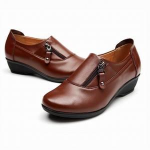 Image 5 - Zapatos de cuero de moda para primavera para mujer, zapatillas femeninas de fondo suave antideslizantes, cuñas cómodas, informales, de talla grande