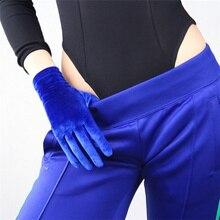 Women Gray  Velvet Gloves Black Short High Elastic Flannel Fashion Elegant B14