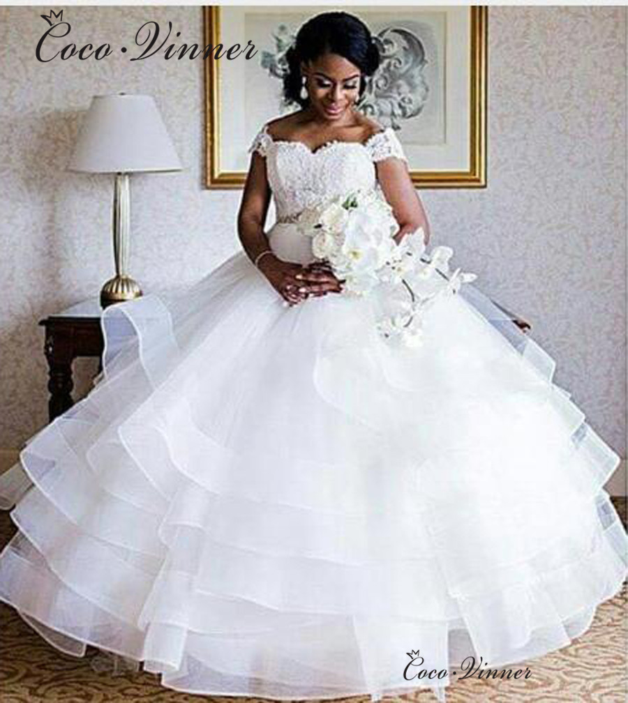 Cap Sleeve Lace Appliques Organza Ball Gown Wedding Dress 2019 Plus Size Bride Dress Ruffles Skirt  Vestido De Noiva W0434