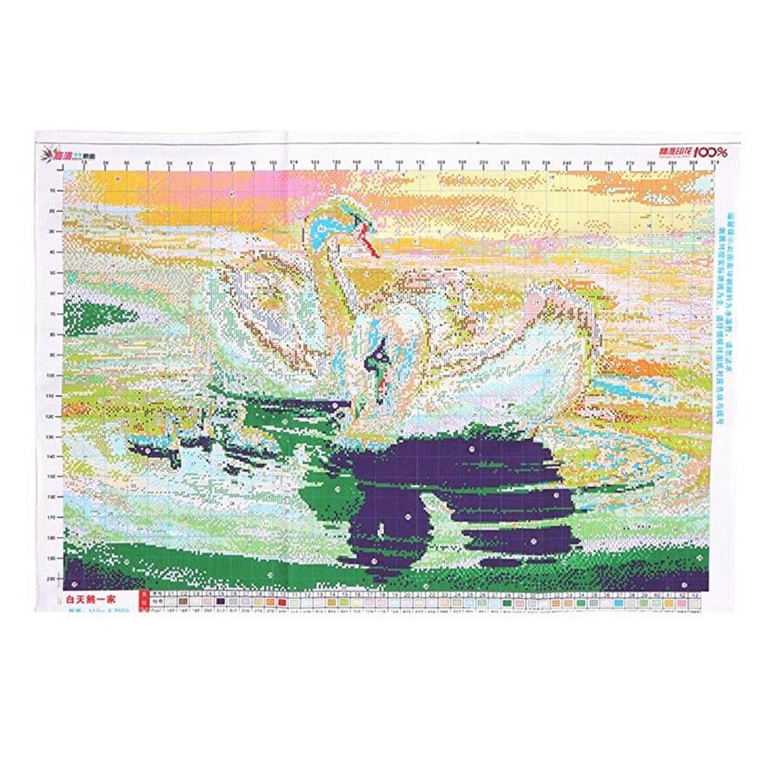 схема вышивки крестиком двух лебедей