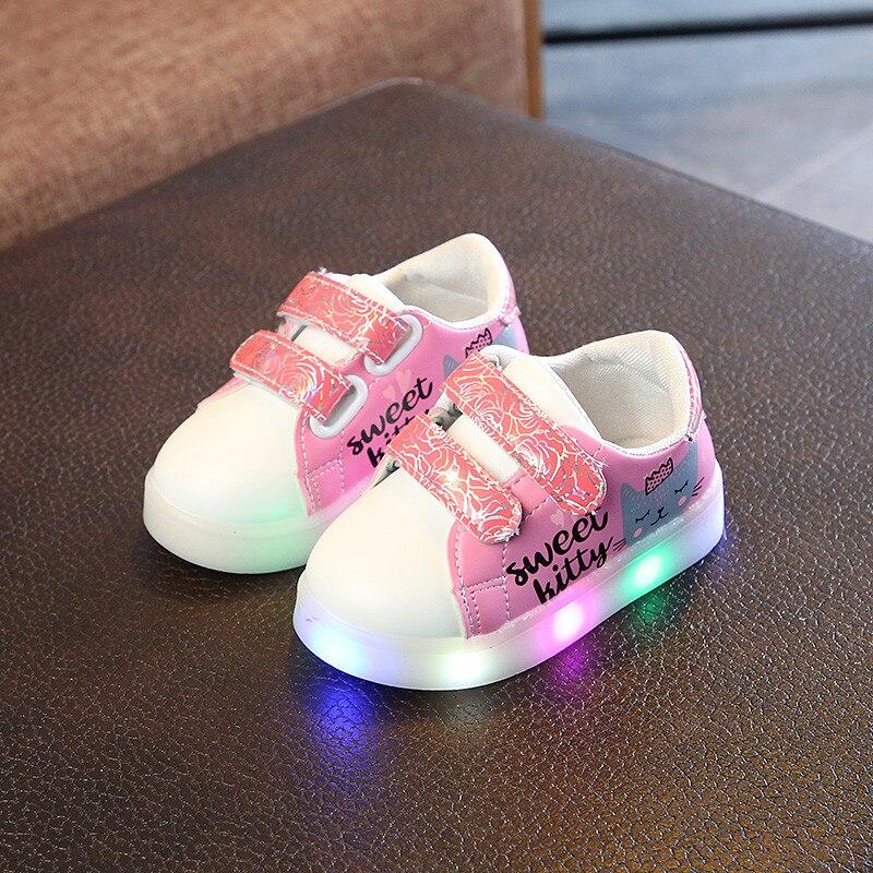 100% De Qualité Chaussures Led Enfants 2019 Printemps Baskets Lumineuses Pour Enfants Nouvelles Chaussures Enfants Chaussures Légères Filles