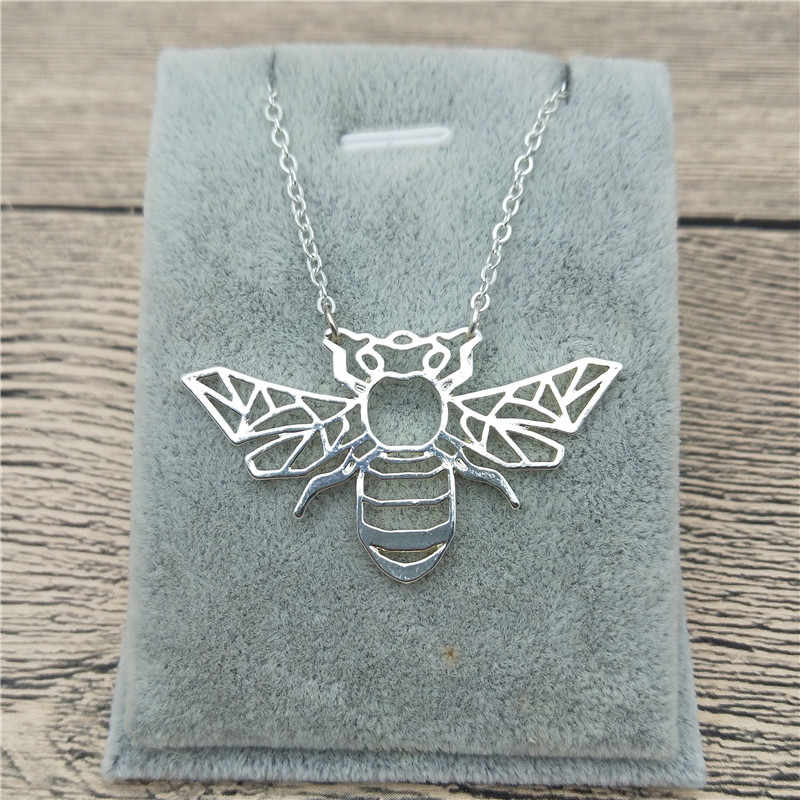 New Origami Bee Necklace Trendy Style Origami Bee Pendant Necklace Women Fashion Insect Jewellery Geometric Jewellery