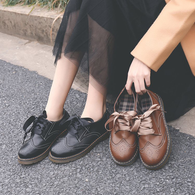 d9187898115 vintage british preppy style brogues shoes women riband bow lace up carved  leather shoes ladies big round toe bullock shoes