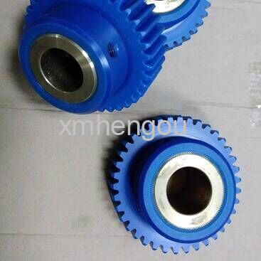 1 Piece high quality Komori gear 38 teeth, Komori printing machine spare parts high quality r200 feeder clutch roland 200 printing machine compatible parts