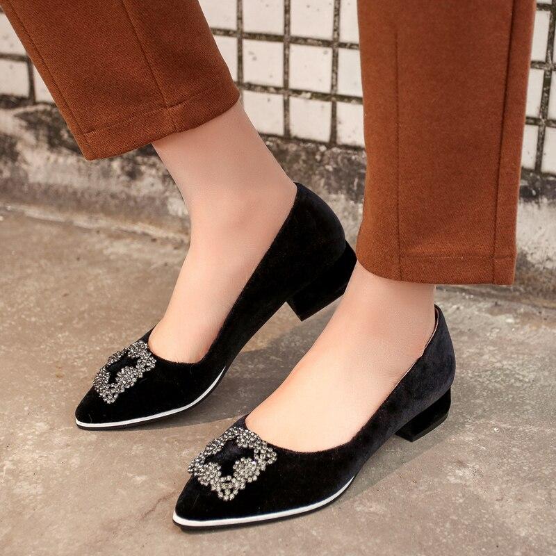 ФОТО Women's Spring New Pointed Toe Rhinestones Slip-on Low Heel Pumps Brand Designer Genuine Suede Leather Ladies Vintage Shoes Sale
