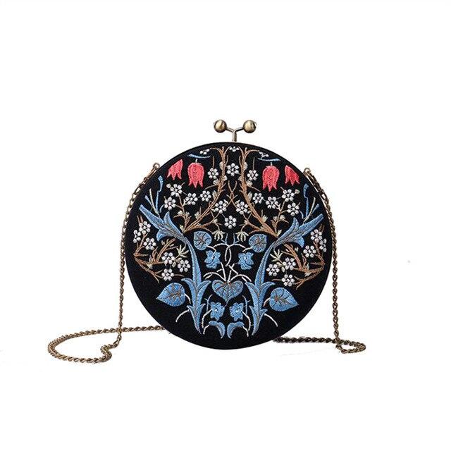 f41578409 Flores bordados do vintage Bolsas moda mulheres Circulares Sacos de  Embreagem Nacional Rodada festa À Noite