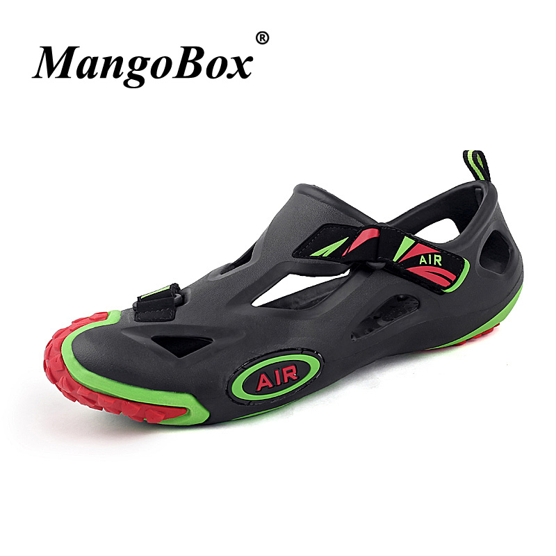 Summer 2018 Beach Sandals Male Black White Mens Casual Hole Shoe Light Weight Men Outdoor Shoes Breathable Flat Sandals For Men