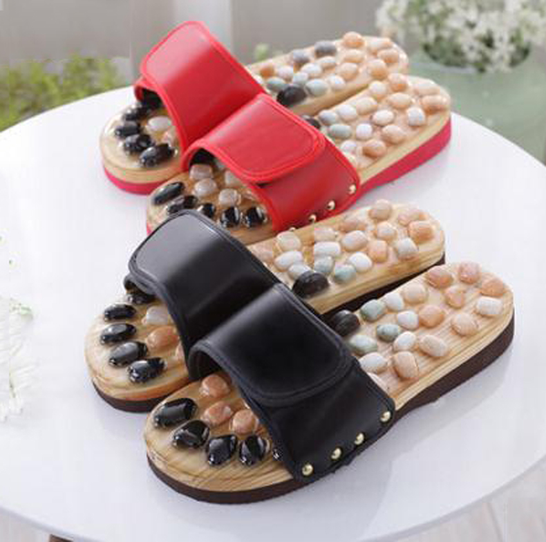 Foot care the acupuncture point cobblestone massage slippers summer lovers  sandals home slippers / tb 1709019 native wood acupuncture massage rod acupuncture point rod foot massage tool camphor wood triangle bird foot massage device