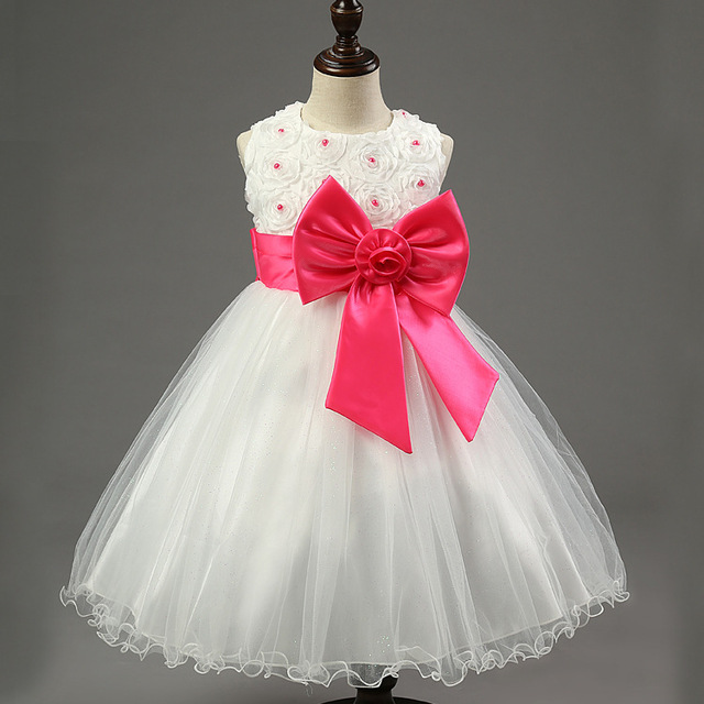 b3553bd2e1d69 2018 New Retails 2-10 Years Baby Girls Dresses Flower Pearls Celebrity  Party Princess Dress Kids Children Vestidos Clothes 025D