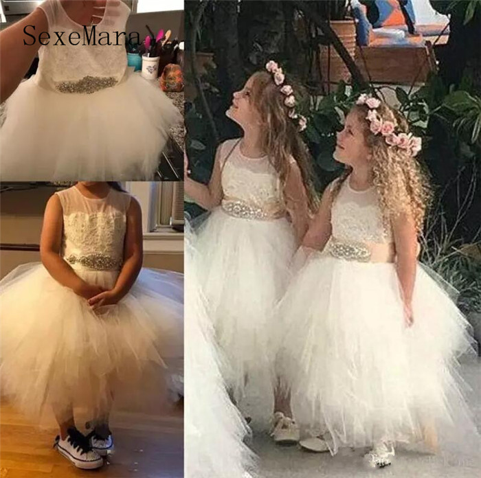 Ivory White Flower Girls Dresses for Wedding Party With Beaded Sash Lace Puffy Tulle Girls Birthday Dress Communion Gown