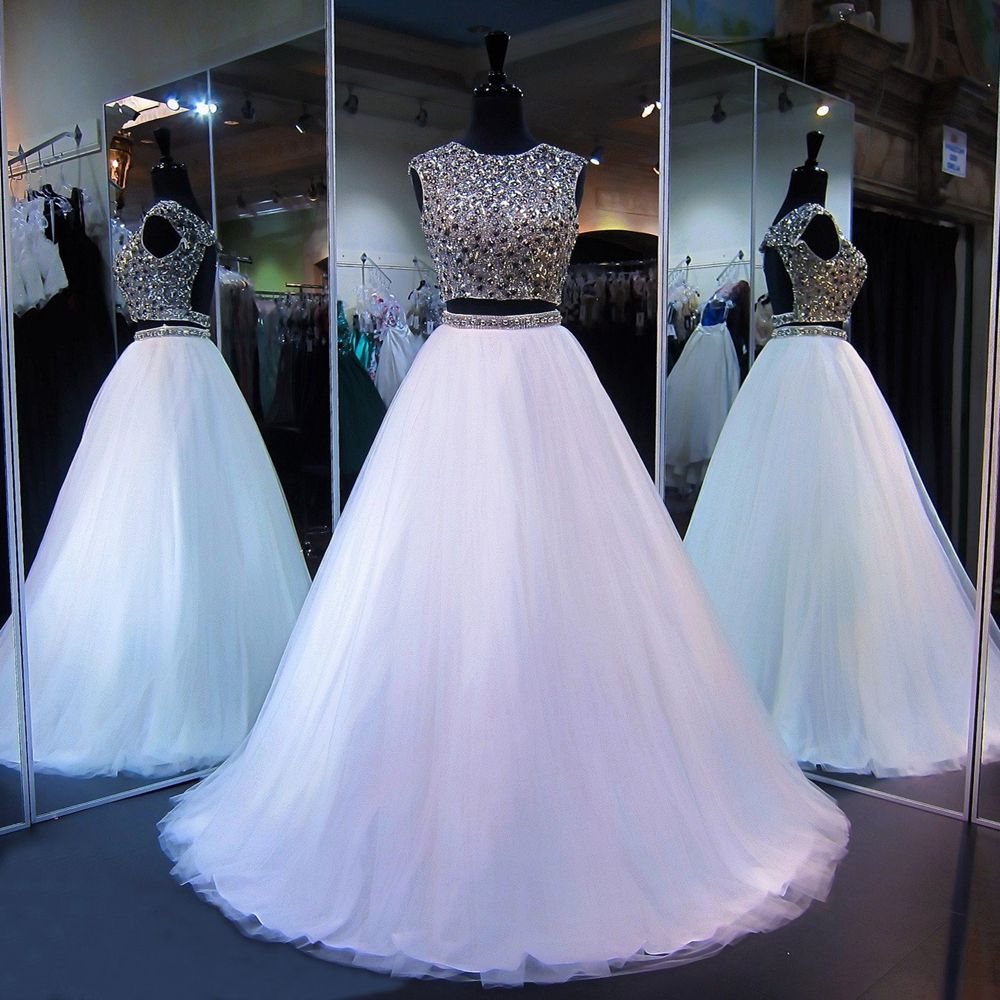 Long Sparkly Prom Dresses 2019 Scoop Heavy Beaded Crystals Top Floor Length White Tulle Backless African Prom Dress