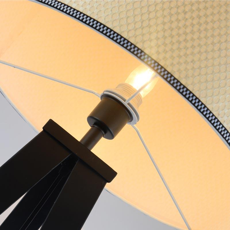 Aliexpress Chinesische Stativ Stehlampe Moderne Schlafzimmer Wohnzimmer Deko Licht Schwarz Eisen Flaxen Stoff Lampenschirm Startseite Leuchte E27 110
