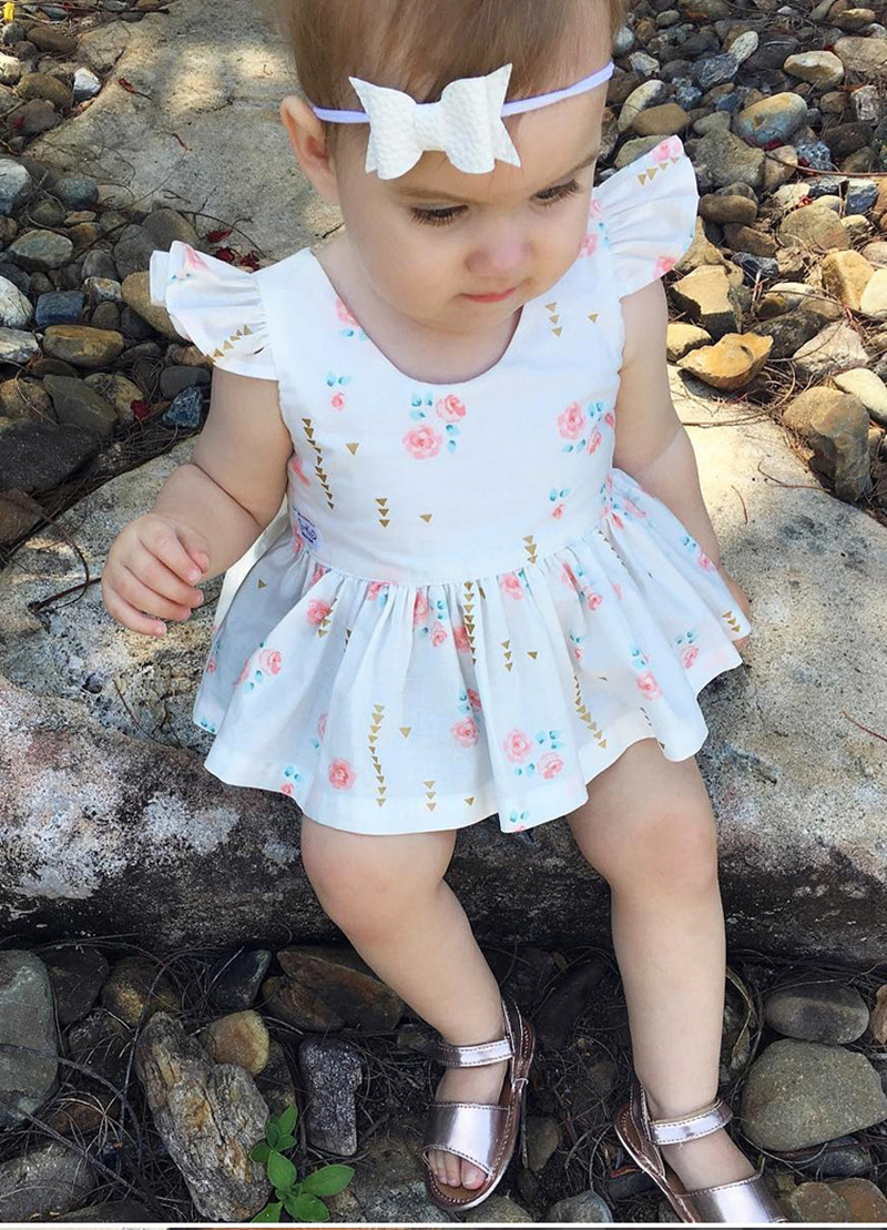 2017 Hot Ins Series Baby Clothing Sweet Baby Girls Newborn Infant Babies Floral Ruffle Sleeves Love