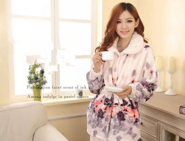 New Outono/inverno pijamas de flanela espessamento das mulheres define sleepwear fêmea doce menina flores impressão Roupa Interior Casa Terno