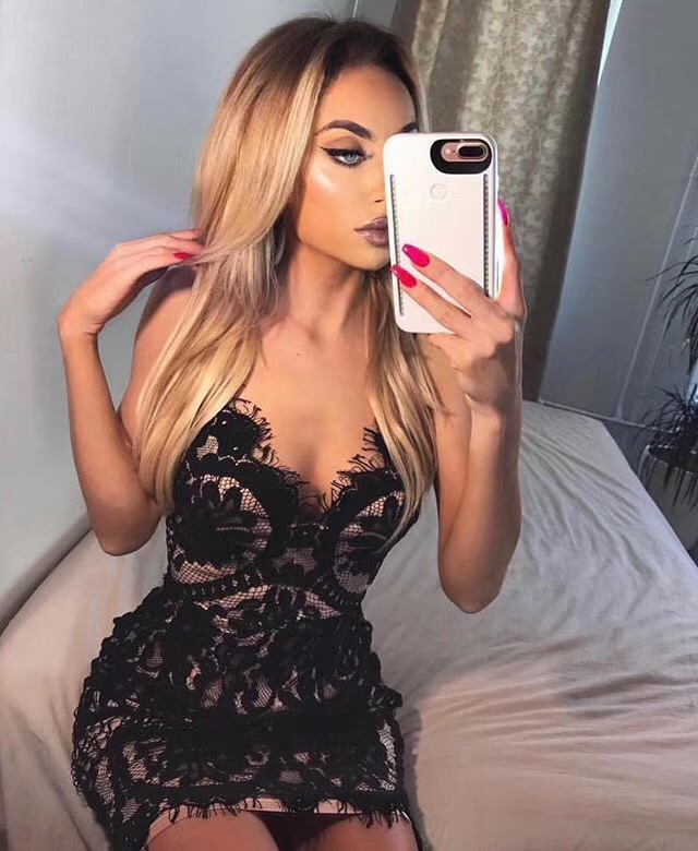 Haute qualité célébrité mode v-cou sans manches dentelle Mini moulante robe Cocktail robe élégante