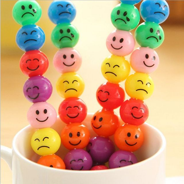 7 Couleurs De Bande Dessinee Emoji Imprimer Crayons Crayon De Cire