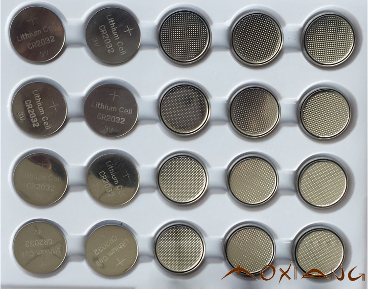 High quality 25 PCS/LOT CR2032 button cell battery 3 v lithium battery is suitable for toy