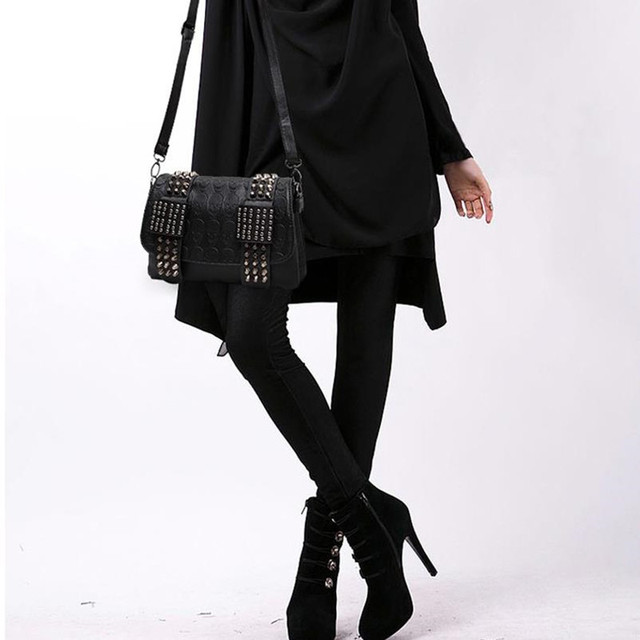 2018 New Arrival Fashion Black Women Leather Messenger Bag Vintage Cool Rivets Shoulder Bags sac a main bolsa Crossbody Designer