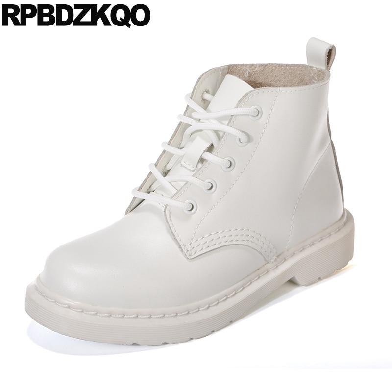 8fb0d87ae14056 Blanc Taille Grande Plat Militaire Rond 44 Chaussons Designer Chaussures  Bout Bottes 2018 Lacent Combat De Casual Femmes ...