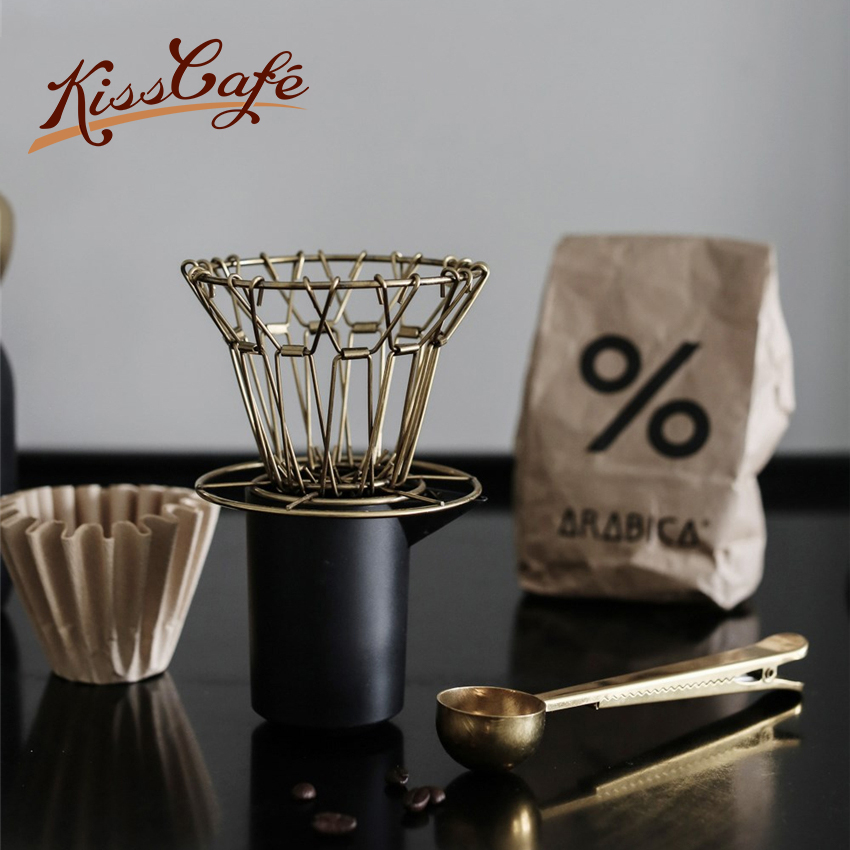 Creative Metal Coffee Filter Hand Punch Coffee Filter Cup Reusable Folding V-shape Drip Funnel Filter Mug Tea Filter