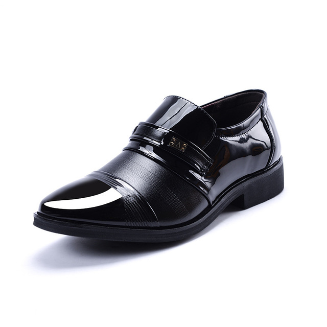 New Arrival Men Formal Slip On Shoes Pu Leather Flat Shoes Top Quality sapato social masculino Male Business Shoes