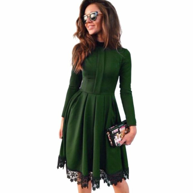 Spring 2018  Women Fashion Long Sleeve Casual Dress Green Red O-Neck Lace Patchwork Party Dresses Plus Size
