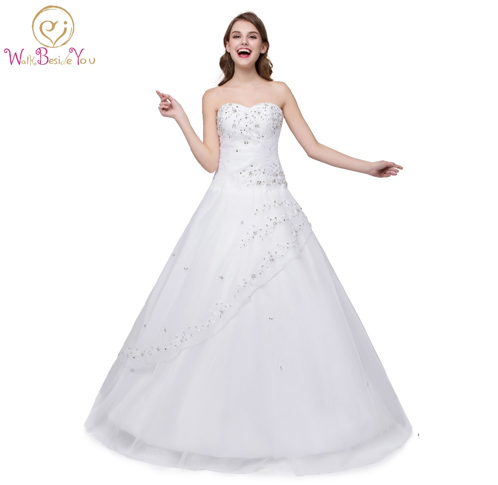 5627202600 Sweet 16 Dresses White Quinceanera Dresses Ball Gown Sweetheart Girl Quinceanera  Gown Embroidery Beaded Lace-up Back Stock
