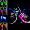 2 pcs! moda LED Flashing Light Up Vara do Fulgor Cadarços Shoe Laces Neon Cinta Sapato Cordas Laces Disco Luminoso Fontes Do Partido