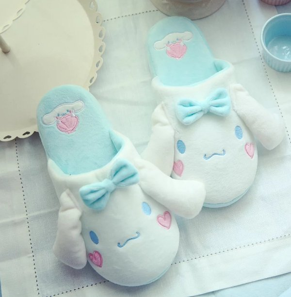 1 pair cartoon Cinnamoroll white dog sweet soft soled funny winter lady home floor slippers warm holiday toy girl gift usb powered funny cute stress relieving humping spot dog toy brown chocolate white