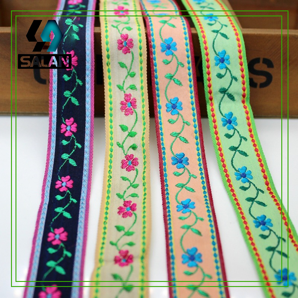 Spot wholesale seven multi - color ethnic style clothing accessories 2.3CM wide clothing shoes and hats embroidery Ribbon