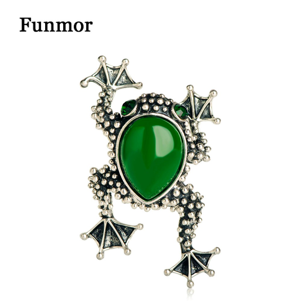 FUNMOR Resin Green Frog Brooches For Women Men Gift Silver Color Suit Dress Jewelry Scarf Lapel Pins Vintage Toad Animal Corsage
