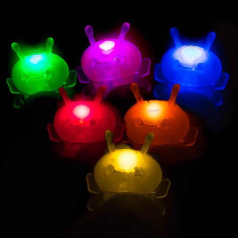 ضوء انفجار النحل السحر فانوس جديد لعبة ماجيك فنجر الدعامة مصباح 3D الهولوغرام الإسقاط لعبة حزب الأداء سحرية ضوء