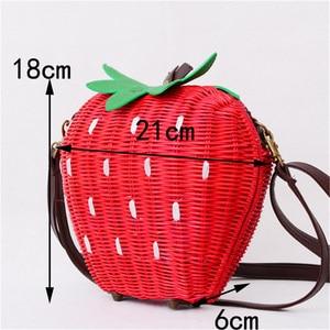 Image 5 - 新しいわらバッグ籐バッグ牧歌織ファッションハンドバッグフルーツイチゴの漫画のメッセンジャーバッグ