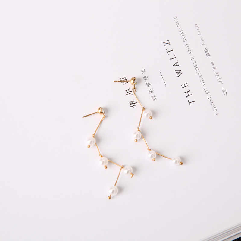 Simple Fairy Costumes With Branches Bent Design Pearl Lady Earrings Wholesale Punk 2018 New Fashion Earrings Brincos Perolas