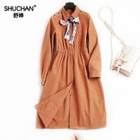 SHUCHAN 2017 Jesień Kobiet Elegancki Płaszcz New Arrival Kobiety Trench Coat Bow Knot Collar Koreański mody Pani Urząd 7759