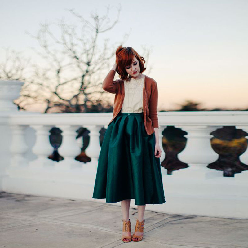 Custom Dark Green Satin Skirts Women Zipper Waistline A Line Mid Calf Skirt With Pockets Top Quality Adult Pleated Skirt a-line