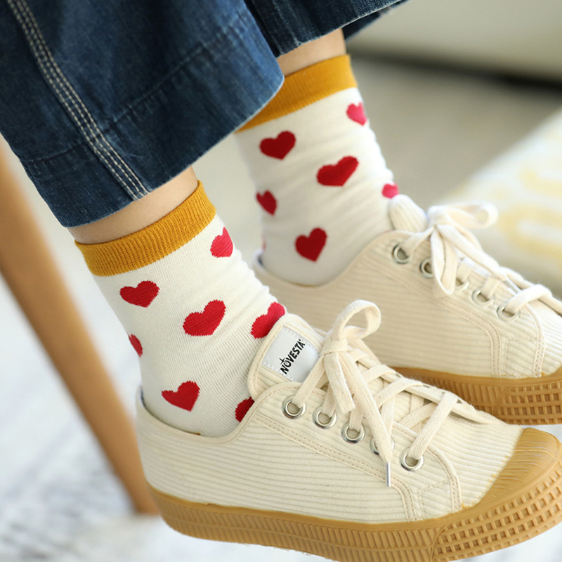 Women Cotton Heart Socks White Red Lot Love Harajuku Jacquard Funky Socks Japanese Novelty Happy Funny Socks Fancy Crazy Sox