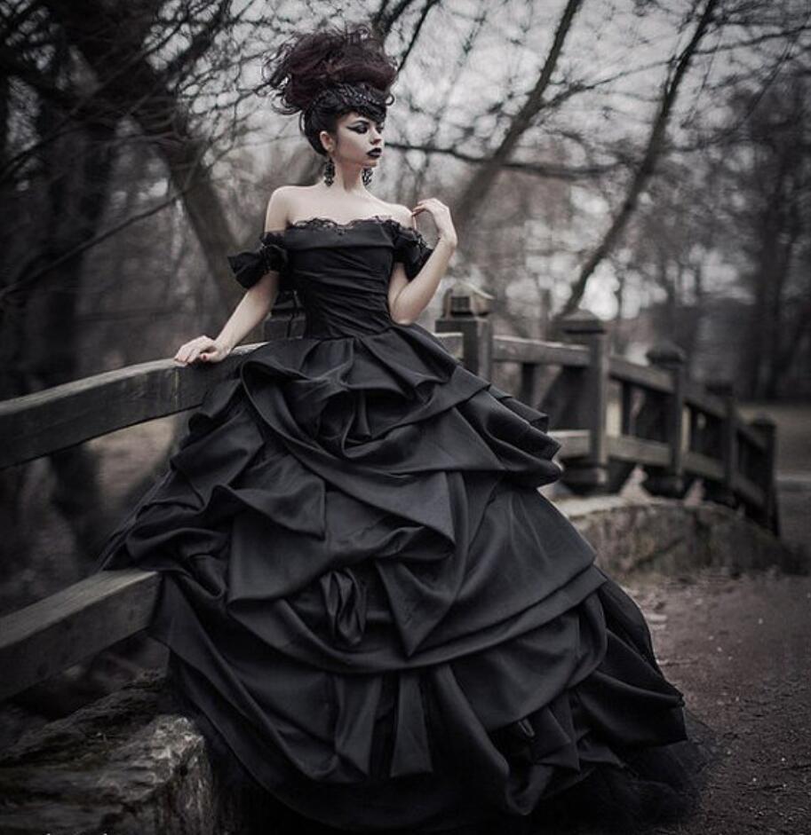 Noir robe de Bal Githic Vintage Satin Robes De Mariée Hors de L'épaule Satin Coloré Non Blanc Robes De Mariée Robes De Mariée