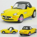 Candice guo! Hot sale super cool 1:36 mini Z8 Hardtop convertible sports car alloy model car toy gift yellow 1pc