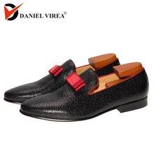 Erkekler rahat düğün ayakkabı yuvarlak ayak Slip On moda resmi düşük topuk klasik siyah renk ziyafet balo erkek deri elbise mokasen